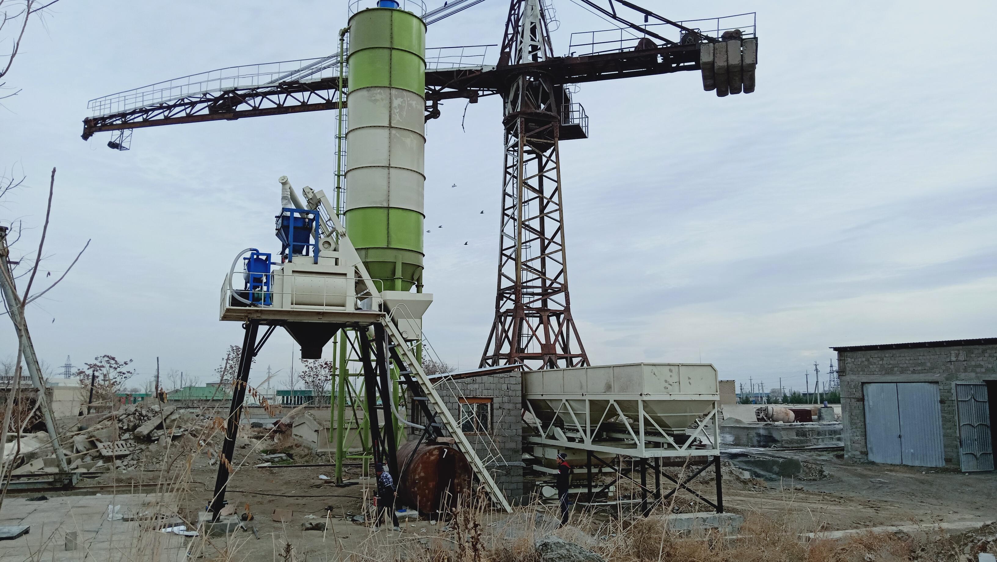 Установка бетонного завода модель HZS50 в Джизаке